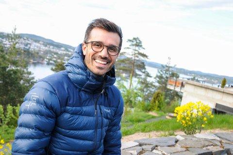 NY DIREKTØR: Oslomannen Kim Øverland (31) er nyansatt hotelldirektør. - Jeg stortrives her, fantastisk natur og kort vei til sjøen, sier Øverland, som har vært flere år i Fredensborg-konsernet.