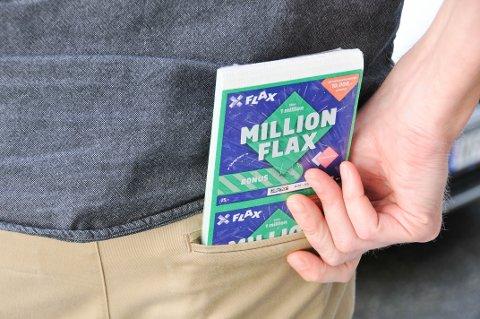 FRIKJENT: Mannen som tok Flax-lodd for rundt 177 000 kroner fra kiosken hvor han jobbet, er frifunnet for underslag i Aust-Telemark tingrett.