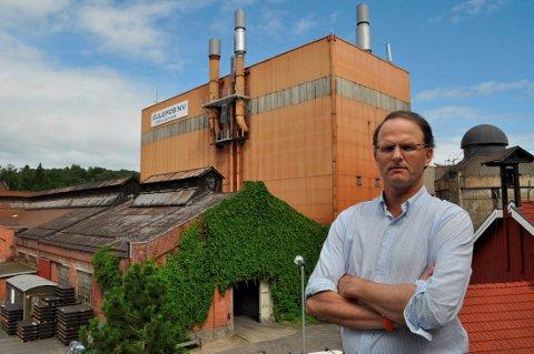 - RETTE OSS OPP I RYGGE:  Carl Diderik Cappelen håper å få folk til å se lysere på situasjonen.