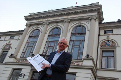 HÅPER DET BESTE: Rådmann Per Wold anslår at Porsgrunn kommune kan tape fra 70 til 110 millioner kroner i 2020 som følge av korona-krisa. Han håper regjeringen vil dekke alt, men sikker er han ikke.
