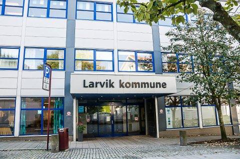 ER SAKSØKT: larvik kommunes representanter møter i retten denne uka for å svare for usakelig oppsigelse.