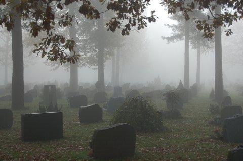 DET KOSTER: Å bli gravlagt på en kirkegård har sin pris.