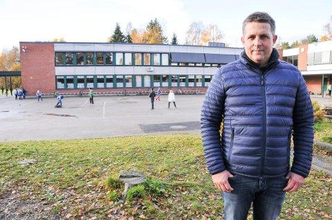 KARANTENE: Bare ved denne skolen er ti klasser i karantene eller ventekarantene.