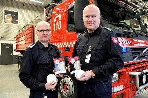 Jhonny Brenna og Anders Laukvik ved Notodden Brannvesen