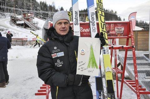 Engasjert: Thorbjørn Småkasin jobber på hvert år for at hopprennet i Tveitanbakken skal bli noe av.