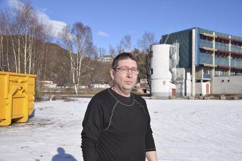 Bygges: Leder av teknisk utvalg, Ole Henning Skogen, er opptatt av at saken om tilpassa boliger for utviklingshemmede blir løst en gang for alle og at kommunen må ta en aktiv rolle i byggingen.