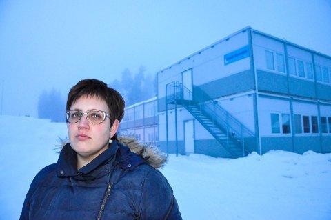 IKKE FIRE ÅR TIL: Brakkeskolen på Rygi skulle være midlertidig. Vi kan ikke akseptere fire år til, sier FAU-leder Merete Cloumann Kroken.