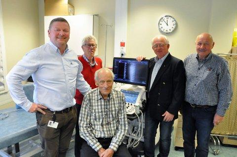 TAR ANSVAR: Fra venstre Sykehusets Venners Audun Dølen, Rolf Ljosland, Haakon Flaaten, Arne Kolsrud og Erik Søndergaard.
