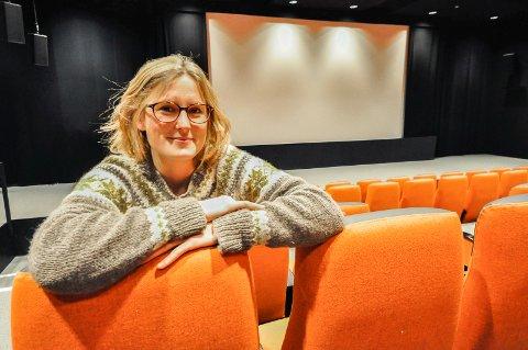 Fornøyd: Kinosjef Hilde Hem er godt fornøyd med besøkningstallet i sommer. Nå gleder hun seg til det hun sier blir en veldig spennende høst for kinobesøkende.