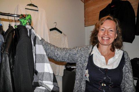 KLESBYTTEFEST: Torunn Gjerjordet i Hjartdal frivilligsentral inviterer til klesbyttefest på Bygdesentralen.