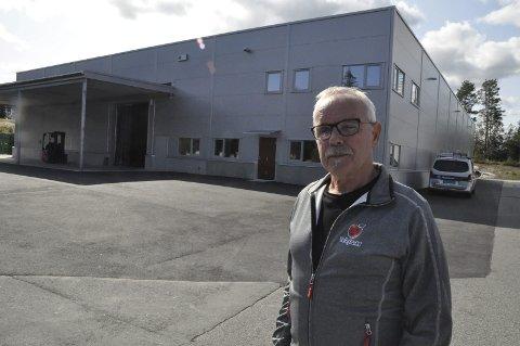 FEM ÅR: En forsiktig planlegging startet for fem år siden. Nå ser prosjektleder Svein Børte fram til at de første kassene med Discovery kjøres inn i hallen for lagring i gasstette celler.