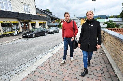 FÅR TILLIT: Cecilie Lerstang fra Notodden står på 3. plass på Stortingslista til Rødt og Tobias Drevland Lund står igjen på 1. plass.