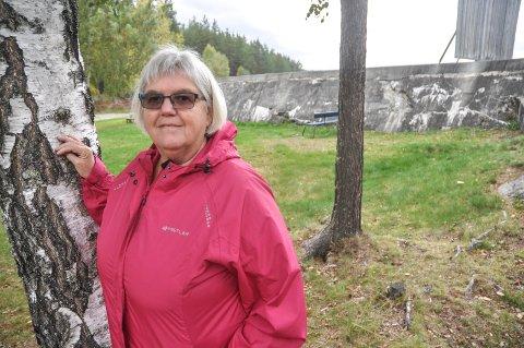 NYE STIER: I disse koronatider har Grethe Trovi Duesund og mannen Knut Duesund funnet nye stier, hvor det ikke ferdes så mange andre.