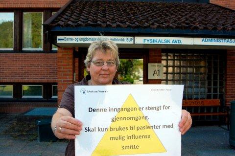 FLERE ROLLER: Tone Mandt Brekke skal være meddommer i Jordskifteretten de neste fire årene. Her et tilbakeblikk på da Notodden sykehus satte inn ekstra tiltak på grunn av svineinfluensaen i 2009.