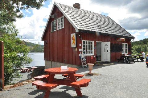 """ÅPNET: Elgsjø kafe ble gjenåpnet i løpet av """"koronaåret."""