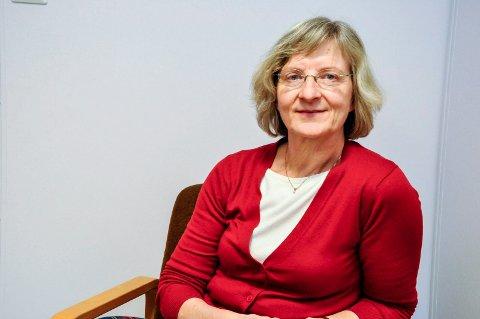 RINGER: Kommuneoverlege Mie Jørgensen understreker at alle blir kontaktet om tidspunkt for vaksinering. Man behøver ikke foreta seg noe selv.