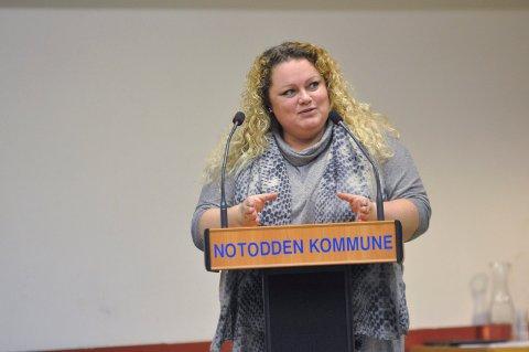"""VIL VURDERE: Høyres Tonje Brokke vil ha dialog med de som bruker """"stripa fra rundkjøringa på E134 til Ramberghjørnet. Hun mener saken nå behandles polutisk."""