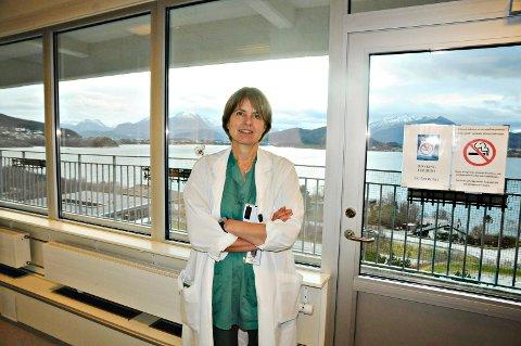 Margaret Sævik Lode er hovedtillitsvalgt for overlegene i Ålesund, og har vært sterkt kritsk til prosessen bak tomtevalg for nytt sykehus og legetillitsvalgt Bernd Müllers rolle.