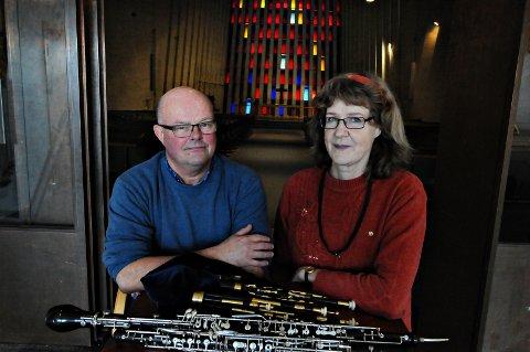 Ebba Ringmar og Johan Martin Røand presenterer gravferdsmusikk i Kirkelandet kirke lørdag klokka 12.
