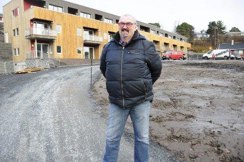 IKKE FORNØYD: Bjørn Oldervik i Aure er ikke fornøyd med at kommunestyret avviste å ha folkeavstemning om å bli en del av Trøndelag. Nå arbeides det for å stille liste til kommunevalget i 2019.–70 prosent sier de tenker seg en slik løsning, sier Oldervik.