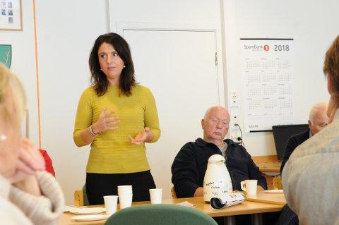 Stortingsrepresentant Jenny Klinge møtte folk fra Gjemnes under årets Dyregoddager for å få innspill om den pågående grensejusteringssaken.