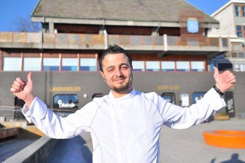 Farouk Mousa kommer fra Syria, bor nå lykkelig i Kristiansund, har praksisarbeid hos Mætt & Go, og også som mekaniker. Livet er godt, det.
