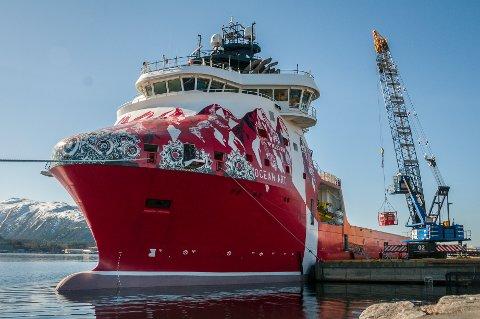 Supplyskipet «Ocean Art» med dekorasjon av den polske kunstneren M-City. Skipet eies av rederiet Atlantic Offshore.
