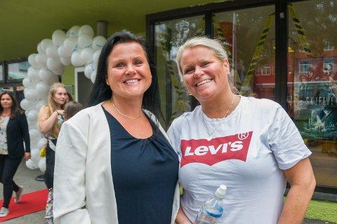 Monica Ertvaag (til venstre) og Randi Engdal gleder seg til den tredje «Mamma Mia»-filmen i rekken, hvis den kommer.