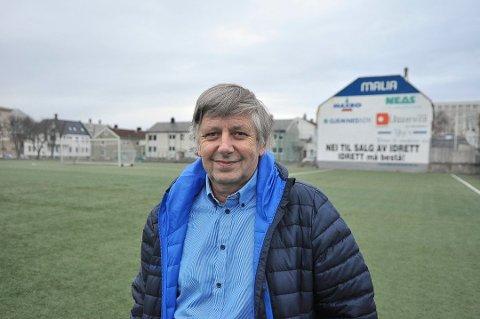 Jørgen Strand, formann i Norsk Skipsfartshistorisk Selskap Nordmøre, ønsker alle velkommen til møte på torsdag.
