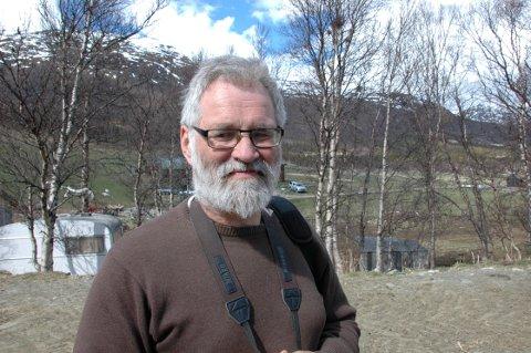 Øystein Folden, leder i Naturvernforbundet i Møre og Romsdal, mener gaupa i Tingvoll gjør mer nytte enn skade, bl.a. ved at den holder hjorteviltbestandene nede.