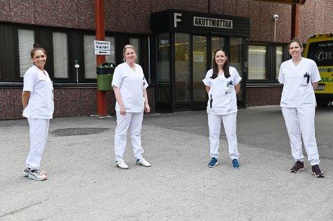 Operatørene på akuttmottaket er førstelinjen i håndteringen av pandemien. Fra venstre: Siw Andrea Todal, Hege Husby Pettersen, Trude Kristiansen og Trine Torset Olsen.