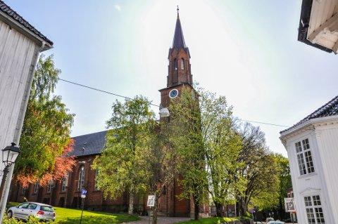 MANGE MELDER SEG UT: I fjor var det ny rekord for utmelding av Den norske kirke. Her Tønsberg domkirke.