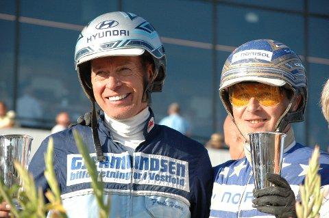 TRENER OG KUSK: Frode Hamre (til venstre) trener Ingbest som i Derby-løpet ble kusket av Tom Erik Solberg.