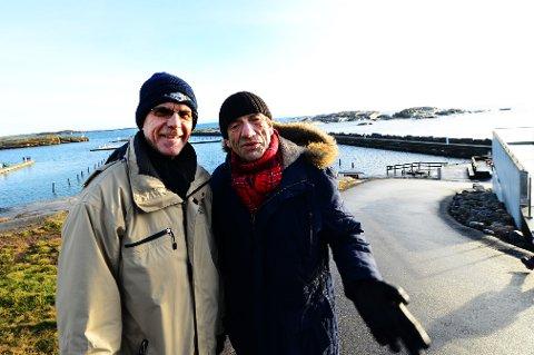 VERDENS ENDE: Truls Sanaker er svært fornøyd med å få Terje Vigen og Helge Jordal til årets soloppgangkonsert.