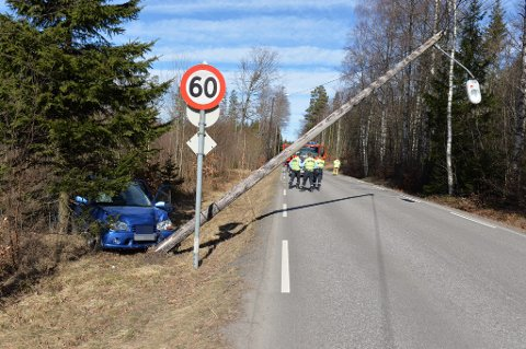 KJØRTE UT: Utforkjøring på Tenvikveien.