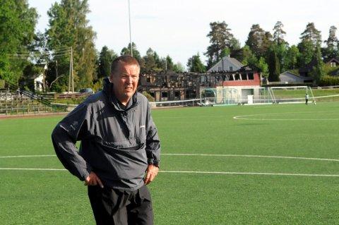 FLINT-LEGENDE: Per Røkaas har hatt alle mulige roller i fotballgruppa i Flint, siden han begynte som spiller i klubben på 1950-tallet.