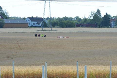 Flyet styrtet i en kornåker like i nærheten av Ekeberg skole.