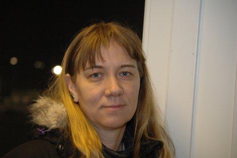 SMITTET: Noen sjanse for å ha smittet andre i travsporten mener hun bestemt ikke det er, Jarlsbergs stevneveterinær Idun Rosenfeld.