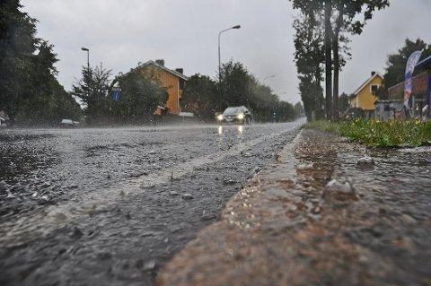MYE REGN: Det meldes opp til 80 millimeter med regn fra lørdag og fram til og med mandag.
