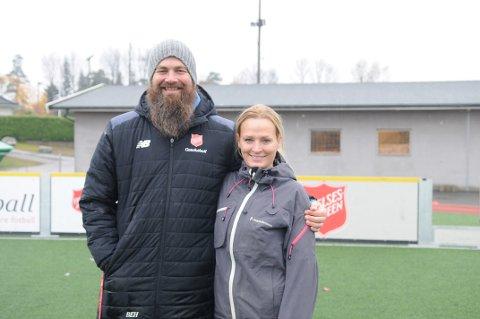 KOR SKAL VI REIS?: Bertel Hjortland og Synne Von Zernichow skal delta under gatefotball-VM i Mexico.