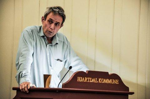 BETALER IKKE: Kommunestyrerepresentant Mathias Kleppen i Hjartdal går heller i fengsel enn å betale bota han fikk for å ha sjikanert ordføreren sin på bussen fra Kongsberg.
