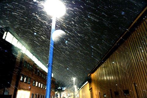 NEDBØR: Det blir snøvær også i morgen.