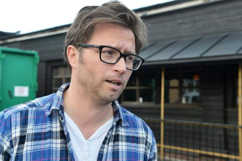 SAMARBEID: Sjef for Vervenfestivalen, Henrik Lysell, er glad for at Slottsfjell igjen kommer seg på beina, og håper på et nært samarbeid.