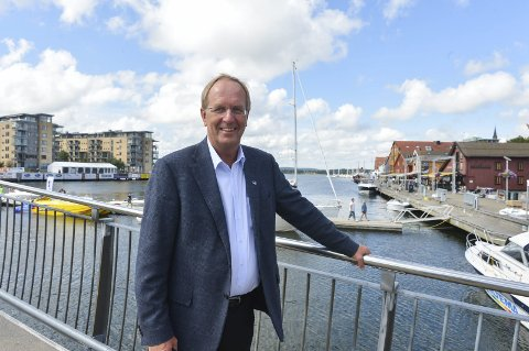 VIKTIG: Tønsbergordfører Petter  Berg er opptatt  av reiselivet, skriver artikkelforfatterne. Han har tidligere sagt at Brygga er Tønsbergs fremste merkevare.
