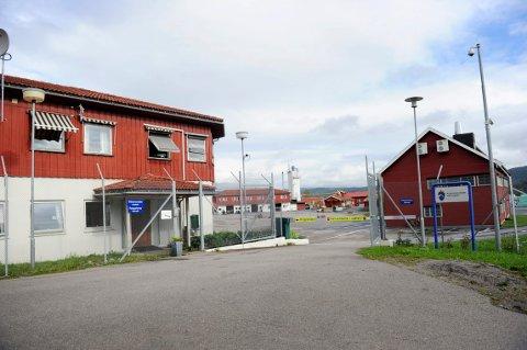 ÅPENT FENGSEL: De innsatte ved Hof fengsel soner for mindre dommer for blant annet vold, fyllekjøring og narkotikalovbrudd.