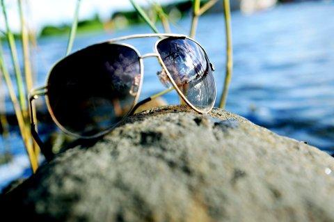 SOLBRILLER PÅ! Det blir både sol og temperaturer opp mot femten varmegrader i Tønsberg.