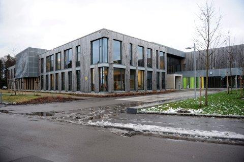 TILTRER TIL HØSTEN: Teigar ungdomsskole ansetter i disse dager en ny undervisningsinspektør til skolen.