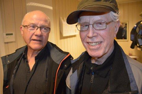 DEN ELDSTE: Willy Enger (86) blir den eldste fra Vestfold og en av de eldste blant 4200 skyttere. Her sammden med Dagfikk Johnsen (til venstre).