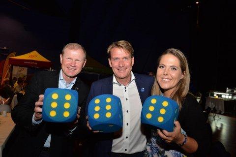 TOPPTRIO: Erlend Larsen (t.v.), Kårstein Eidem Løvaas og Lene Westgaard-Halle jublet over stortingsplass valgnatten 2017. Nominasjonskampen så langt har styrket sjansene deres for å havne på toppen av Høyres Vestfold-liste nok en gang.
