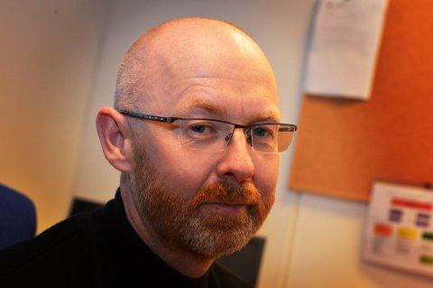 FASTLEGE: Kommuneoverlege Sigmund Skei forteller at det er fastlegen du som regel skal ta kontakt med.
